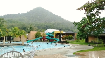 dangau-resort-singkawang-west-kalimantan