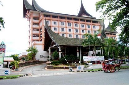 kyriad-bumi-minang-hotel-padang-west-sumatera